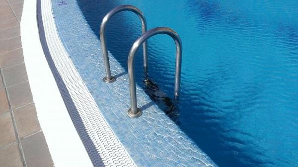 thang bơi