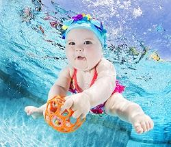 3 bước tự dạy bơi cho bé siêu đơn giản