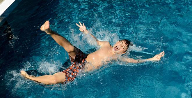 3 mẹo bảo vệ bạn khỏi hóa chất hồ bơi một cách dễ dàng và không tốn nhiều chi phí