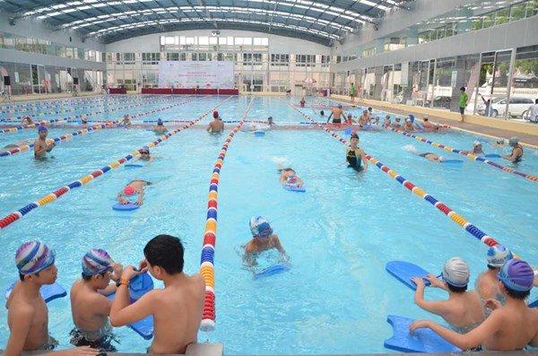 Bơi lội thỏa thích hè 2018 với dịch vụ xử lý nước của công ty Thế Giới Bể Bơi