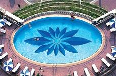 Chọn gạch ốp lát bể bơi dựa trên tiêu chí gì?