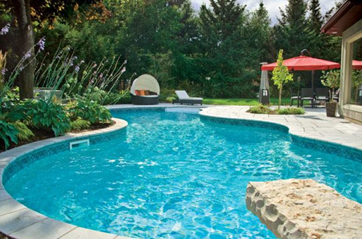 Hướng dẫn xử lý nước hồ bơi đúng cách, an toàn cho sức khoẻ