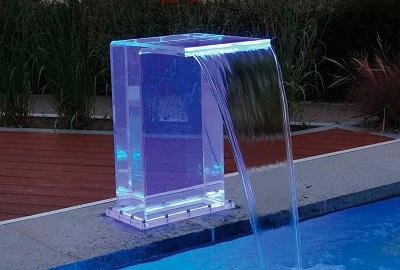 Màng nước nghệ thuật của bể bơi