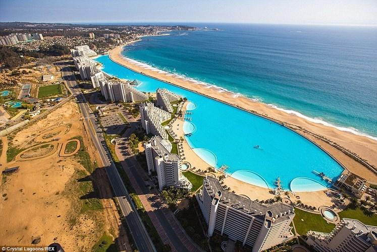Những hồ bơi xa xỉ nhất thế giới
